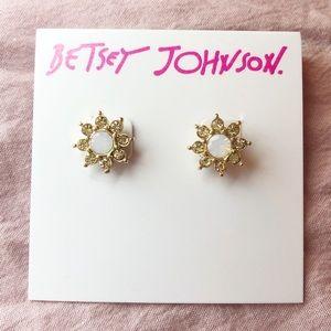 Betsey Johnson Bee Mine Daisy Earrings